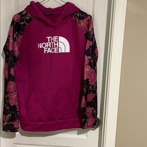 North face pullover with hood.